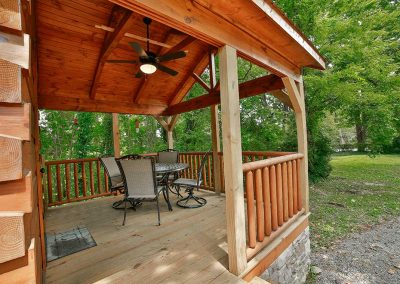 Tiny Cabin Vacation Rental Front Porch with Dining Table